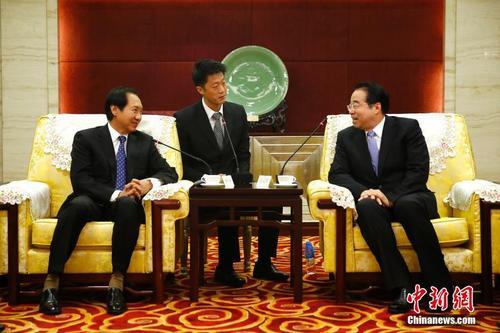 许又声会见外国政府官员中文学习班学员