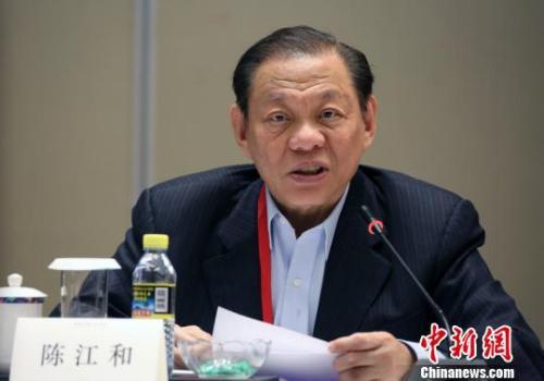 资料图:新加坡金鹰集团主席陈江和在发言中。 任海霞 摄
