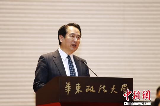 谭天星出席李昌钰法庭科学博物馆开馆仪式并讲话,称誉李昌钰博士是华侨华人的杰出代表。 张亨伟 摄