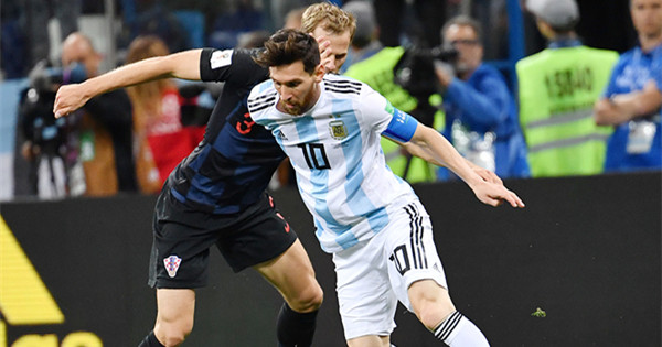 Croatia batters Messi