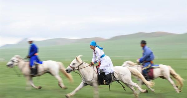 Baima Festival celebrated in north China's Inner Mongolia