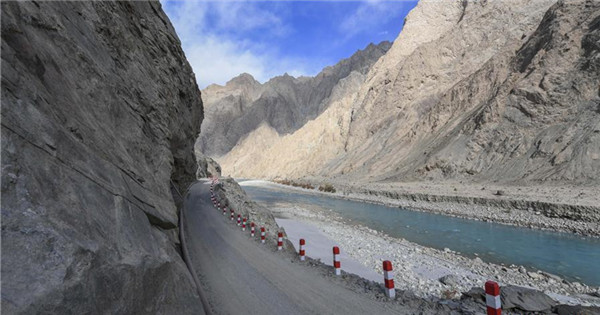 Infrastructure construction improves traffic condition of Datong Township in Xinjiang