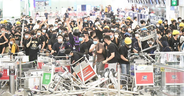 Many call for brake on blatant violence, restoring order in Hong Kong