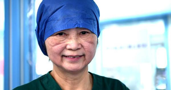 73-year-old epidemiologist Li Lanjuan treats patients in ICU wards