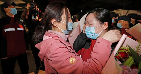 Returned Shanghai medical team finish 14-day quarantine