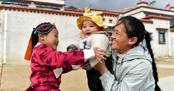 Relocated Tibetans embrace new life in Lhasa