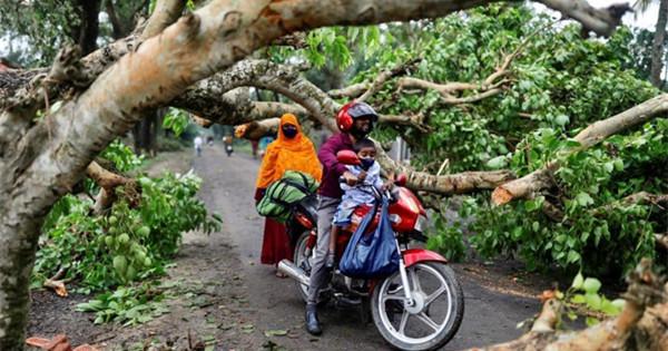 Cyclone Amphan batters Bangladesh