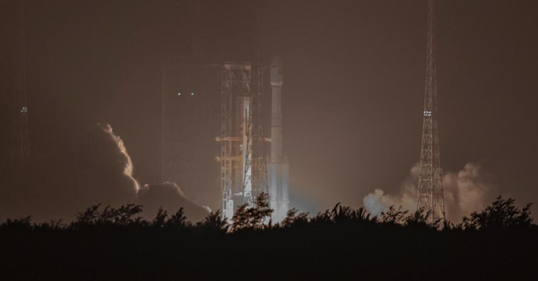 China launches medium-lift Long March-7A carrier rocket