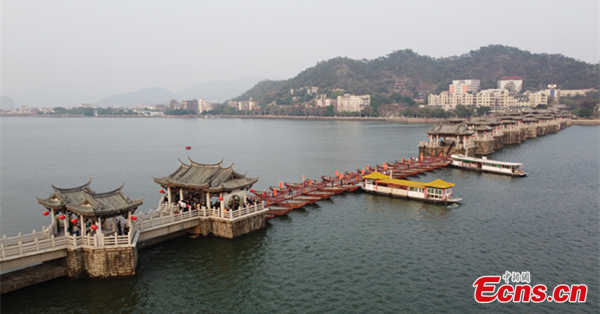 Guangji Bridge in Guangdong: Free to connect and close