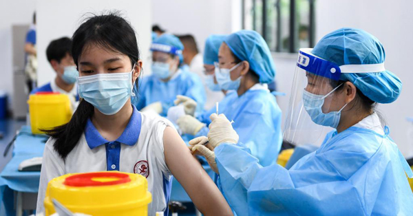 Shenzhen starts COVID-19 vaccination for minors aged between 12 and 17