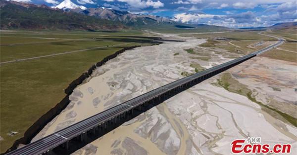 Nagqu-Lhasa section of G6 Beijing-Lhasa expressway opens to traffic