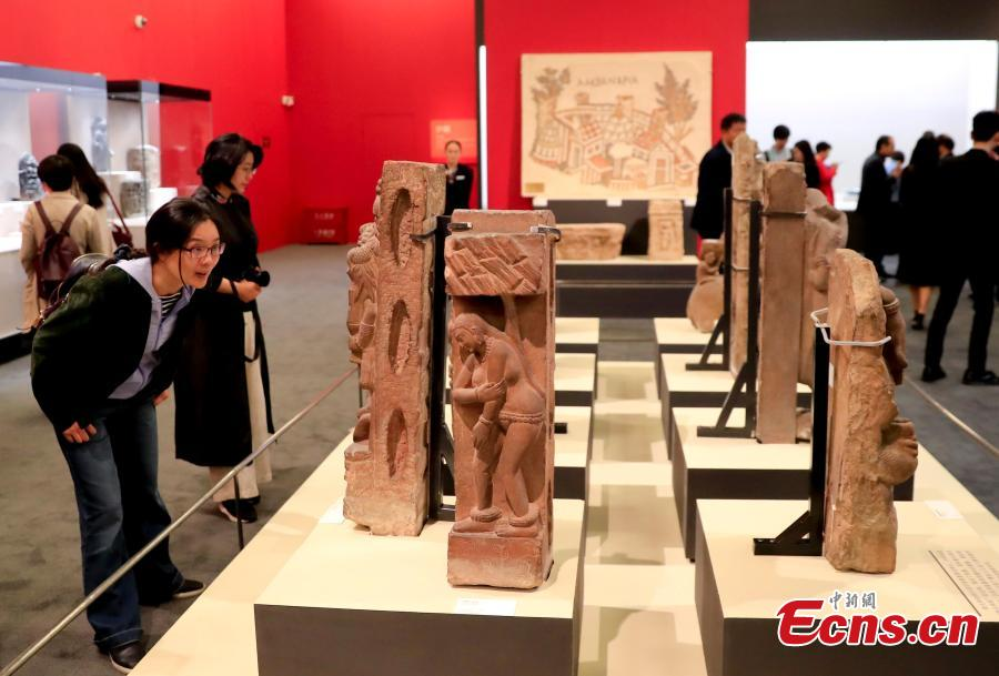 Huge collection of relics shows Asian civilization in Beijing