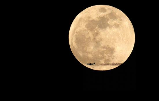 Chinese scientists to explore cosmic dawn on Moon's far side
