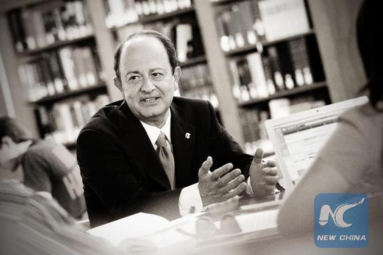 200 professors call upon USC president to step aside amid gynecologist scandal