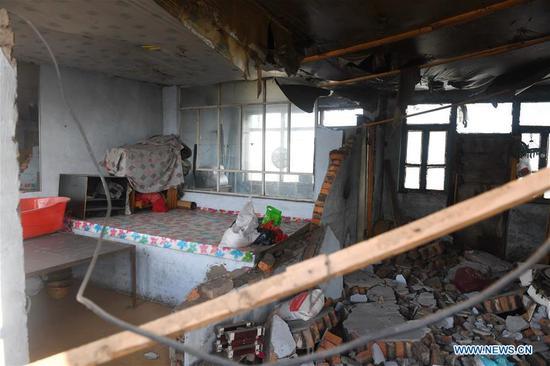 Photo taken on May 28, 2018 shows a damaged house at quake-hit Yamutu Village of Songyuan City, northeast China's Jilin Province. An earthquake with a magnitude of 5.7 rocked Ningjiang District, Songyuan City of Jilin Province in early Monday morning. (Xinhua/Zhang Nan)