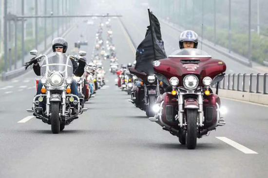 Harley-Davidson motorcycles in Freedom Tour