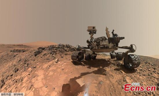 NASA's Mars rover finds new life-supporting evidence in rock and in air