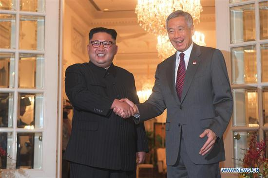 Singaporean PM Lee Hsien Loong meets DPRK top leader Kim Jong Un