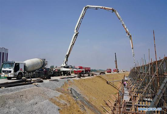 Beijing-Zhangjiakou high-speed railway under construction