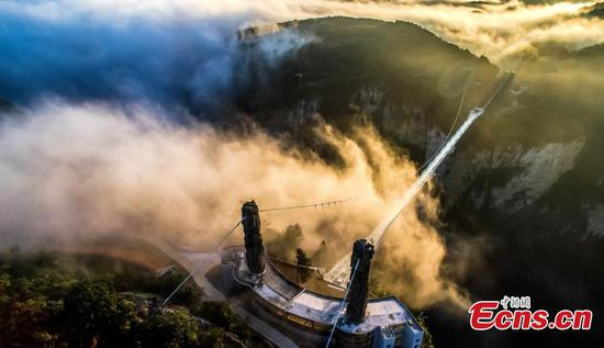 Zhangjiajie glass bridge wins IBC medal
