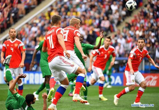 Cheryshev leads Russia to 5-0 rout of Saudi Arabia