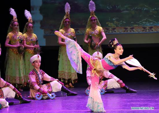 舞蹈剧《神奇的丝绸之路》在匈牙利布达佩斯上演