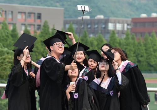 Hangzhou leads nation in attracting overseas returnees