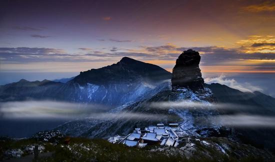贵州的梵净山被列入联合国教科文组织世界遗产名录