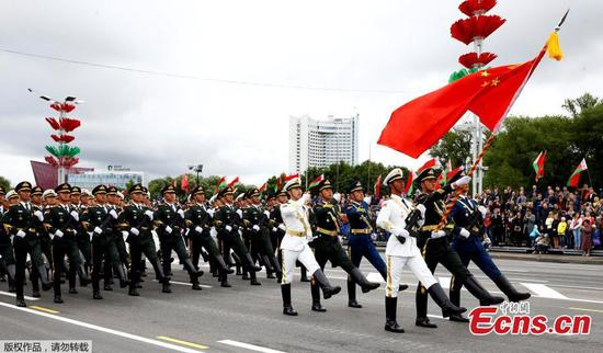 Chinese honor guards participate in Belarus Independence Day parade