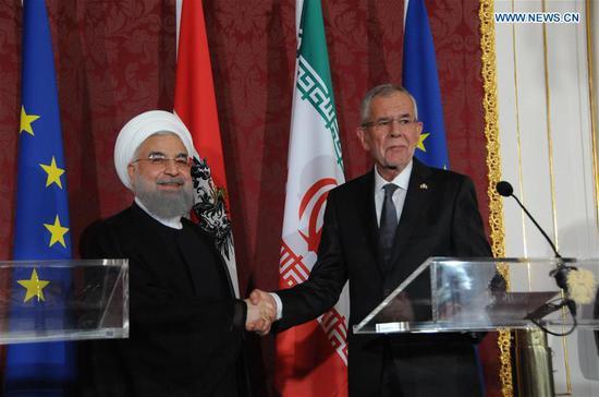Iranian President Hassan Rouhani (L) and his Austrian counterpart Alexander Van der Bellen attend a press conference in Vienna, Austria, July 4, 2018. (Xinhua/Liu Xiang)