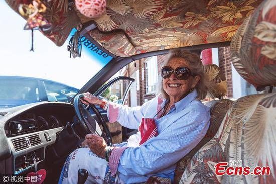 Daring granny drives from Cape Town to London