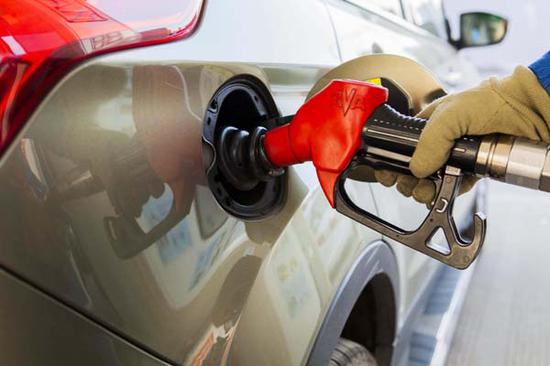 U.S. to become global leading producer of crude oil: EIA