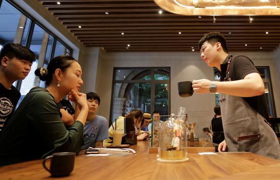 Starbucks confident on China turnaround