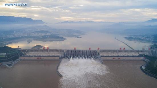 Three Gorges Reservoir increases discharge volume in Yichang, C China's Hubei