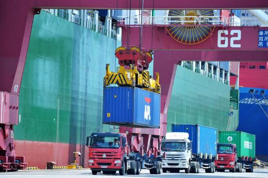 China's GDP growth hits 6.8% year-on-year in H1