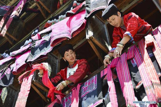 Annual 'drying clothes' festival celebrated in Longji Township, south China's Guangxi