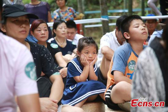 Space-out contest held in Hangzhou