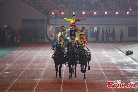 More than 1,200 athletes compete in Tibet traditional sports meet