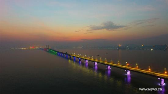 Guangdong plans easy border entry for Hong Kong and Macao road travelers
