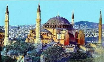 Turkey never tolerates U.S. threats: FM