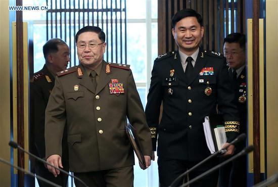 Lt. Gen. An Ik San (L) and Maj. Gen. Kim Do-gyun attend the general-level military talks at the border village of Panmunjom, July 31, 2018. (Photo/Xinhua )