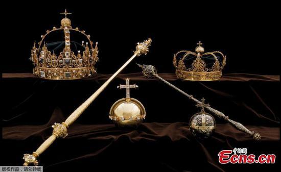 盗贼偷瑞典王冠,乘摩托艇逃离
