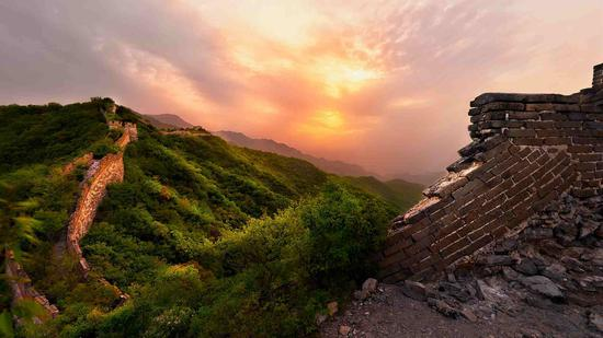 Explore the next level of the Great Wall: Camping on the wild Wall