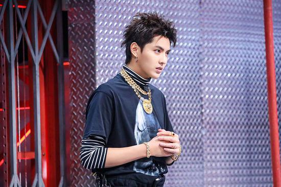 Singer-songwriter Kris Wu performs new single