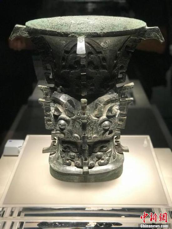 Valuable bronze relics on display in Chengdu