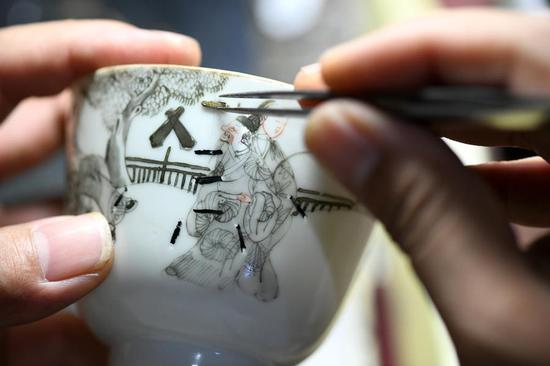 Porcelain restoration craftsmanship makes broken art complete