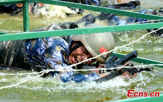 'Seaborne Assault' contest held in eastern city