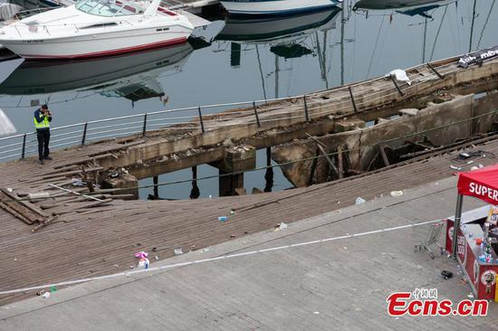 Hundreds hurt in boardwalk collapse at Spain music festival