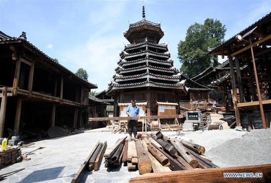 Village of Dong ethnic group aims to shake off poverty through tourism in Guizhou