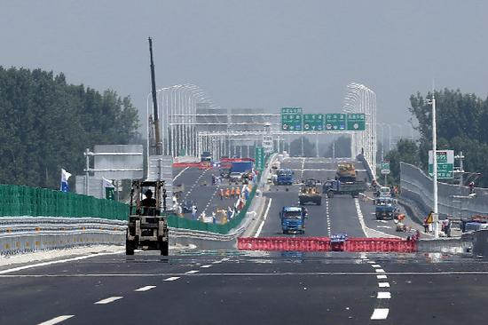 The Capital Region Ring Expressway in Beijing. (ZOU HONG/CHINA DAILY)